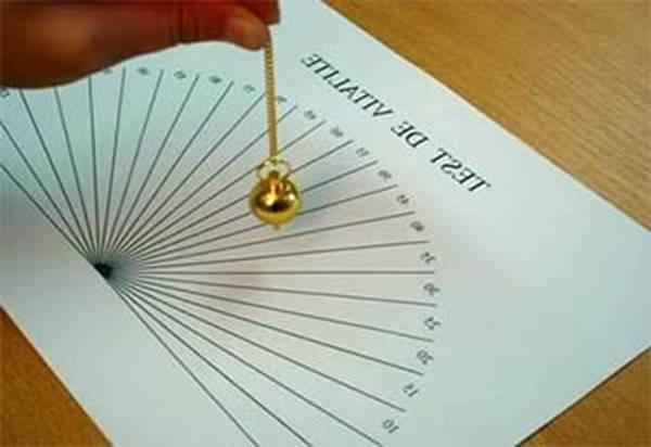radiesthésie avec un pendule